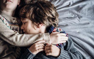 Αδέλφια: ένας ισχυρός δεσμός αγάπης που κρατάει μια ζωή